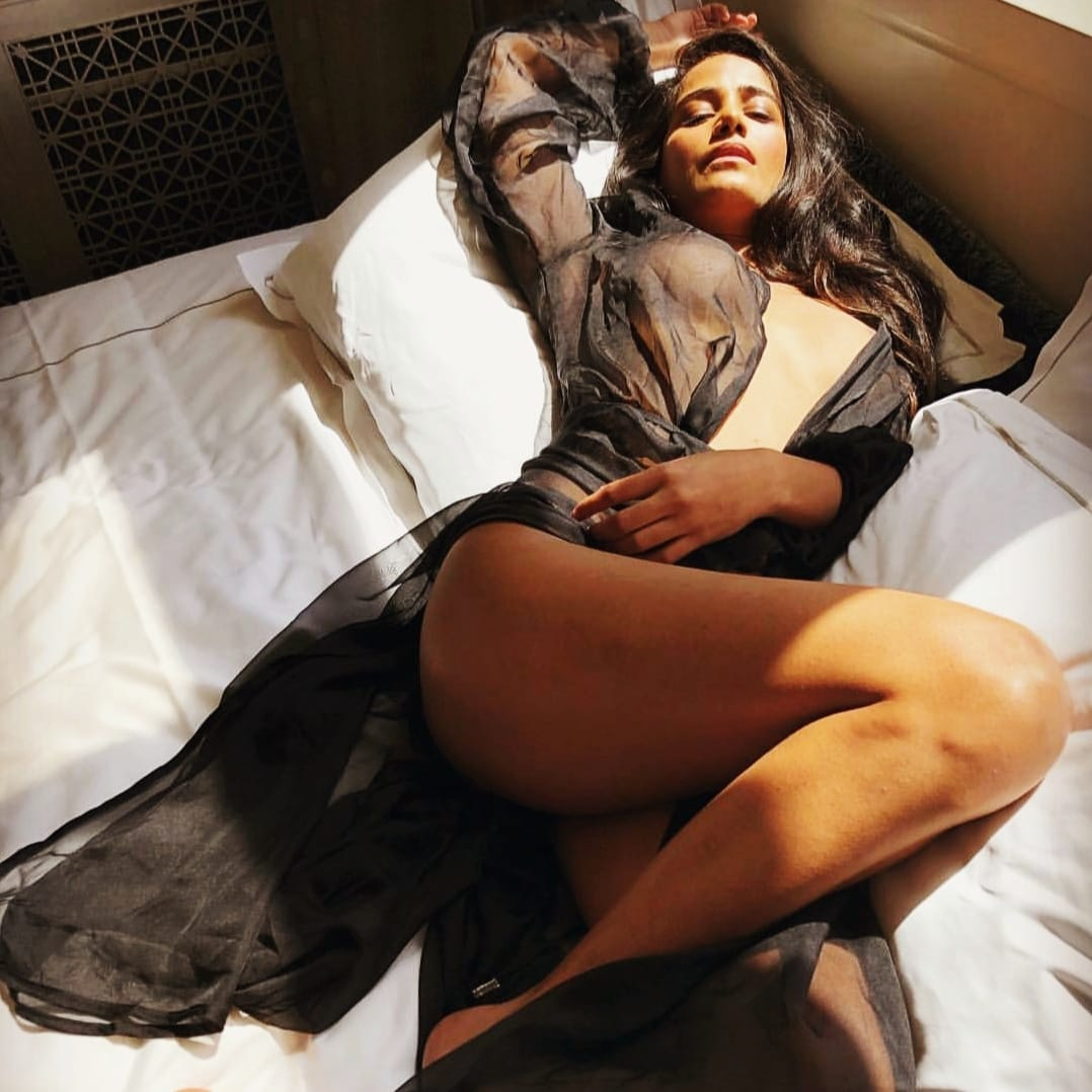 What is Poonam Pandey doing during coronavirus lockdown